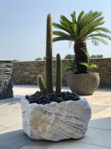 amenagement exterieur jardiniere marbre pot basalte