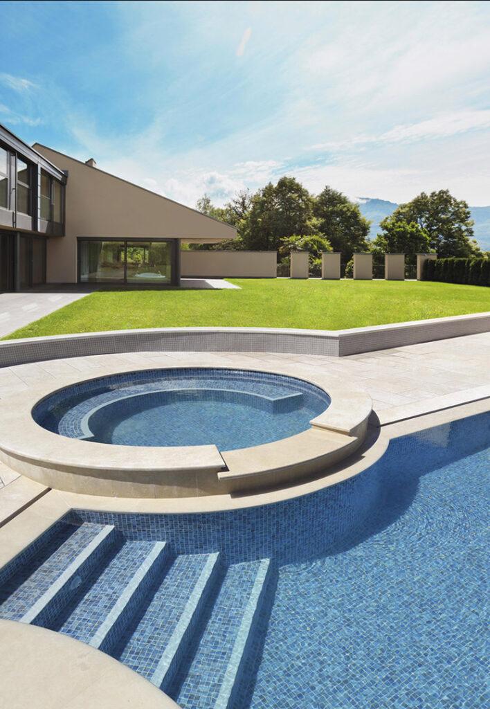 piscine bali mosaïque blanche