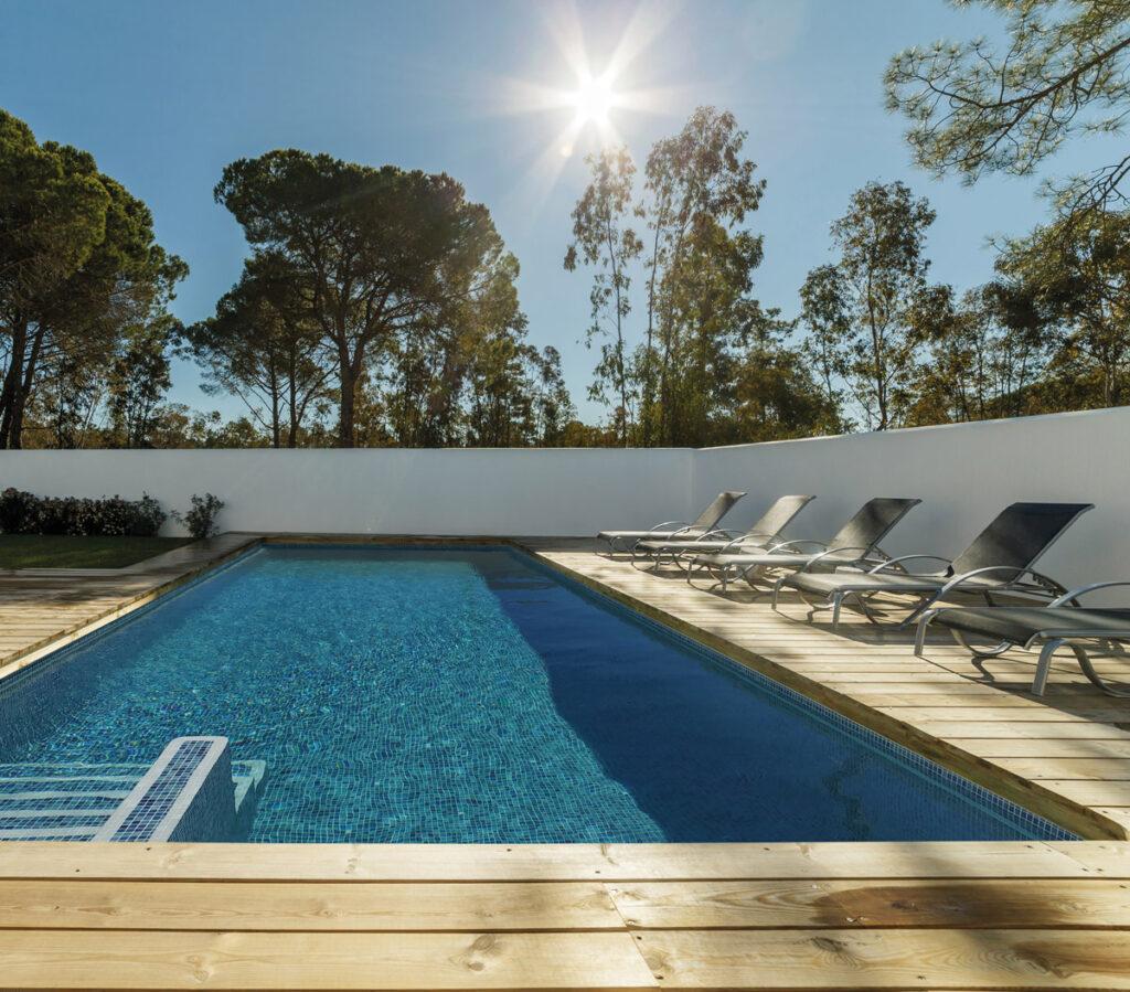 piscine mosaïque bleue